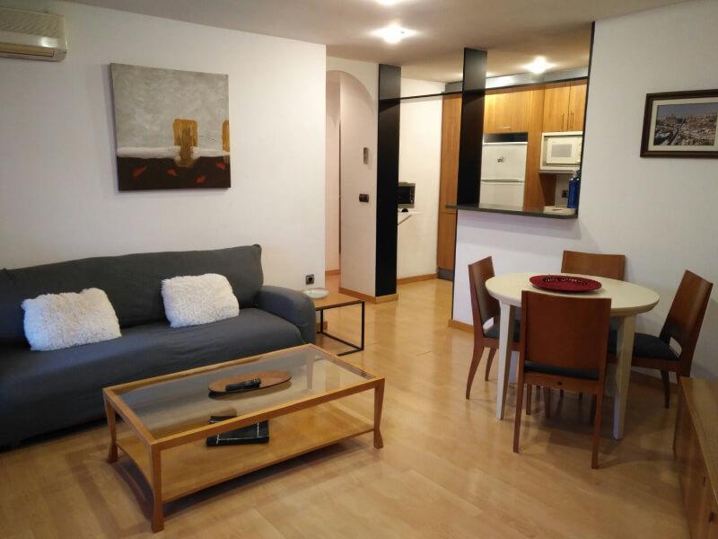 apartaments-la-farola-11001
