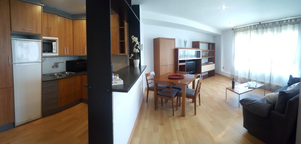 apartaments-la-farola-31005